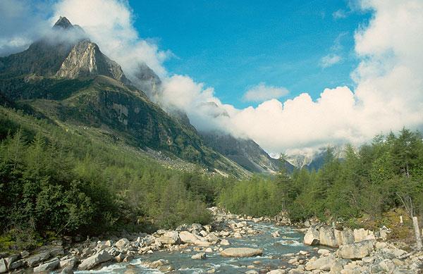 Údolí Středního Sakukanu