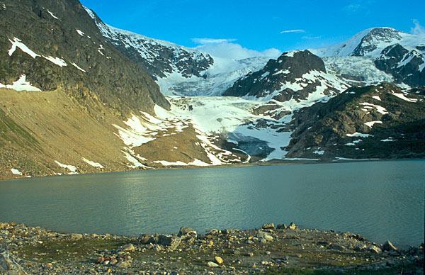 Ubývající ledovec Steingletscher