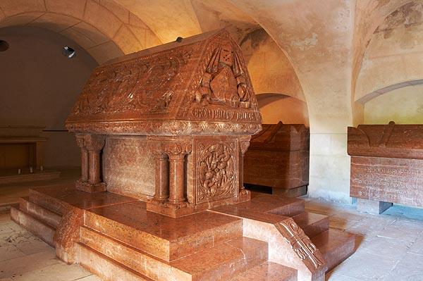 Sarkofág hraběte Pálffyho, rodinná hrobka
