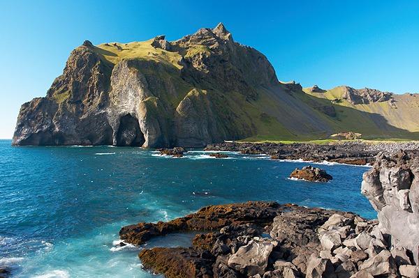 Vestmannaeyjar, útesy ostrova Heimaey