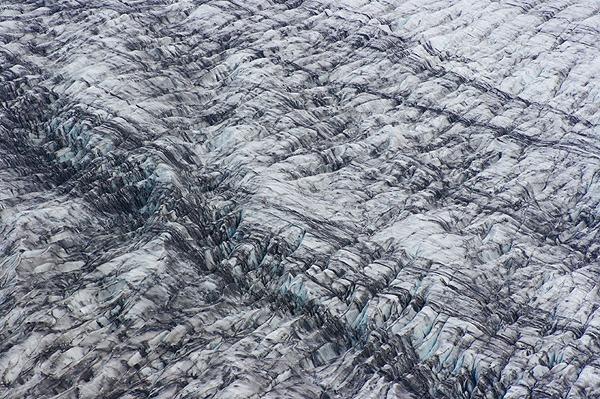 Povrch ledovce Skaftafellsjökull