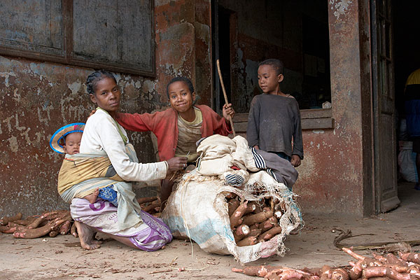 Rodina s maniokem