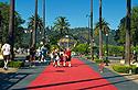 Universal Studios, vstup