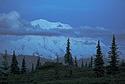 Noční výhled na Mount McKinley