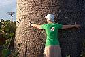 S baobabem v náručí