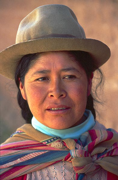 Indiánka v klobouku, portrét