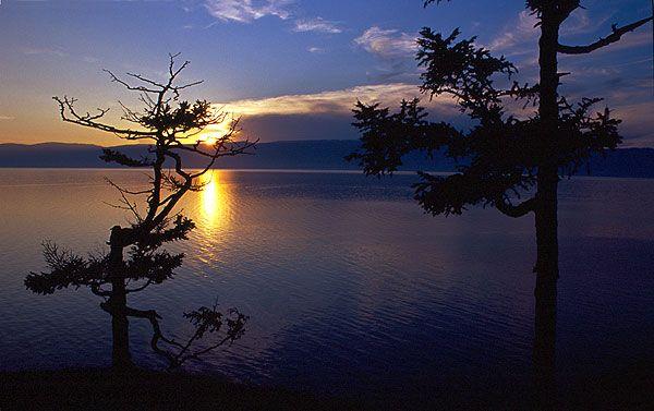 Západ slunce nad Bajkalem