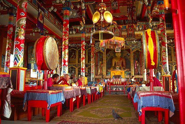 V tibetském buddhistickém chrámu