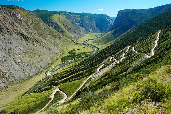 Katu Jaryk a kaňon řeky Čulyšman