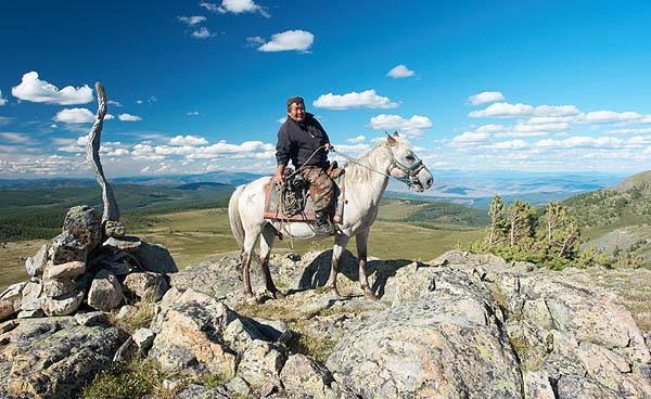 Altajský lovec na koni