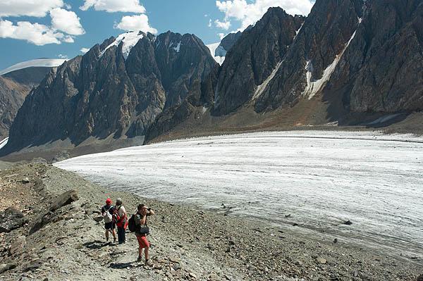 Dolina s ledovcem Velký Aktru