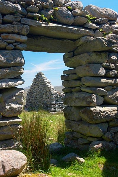 Kamenný vchod