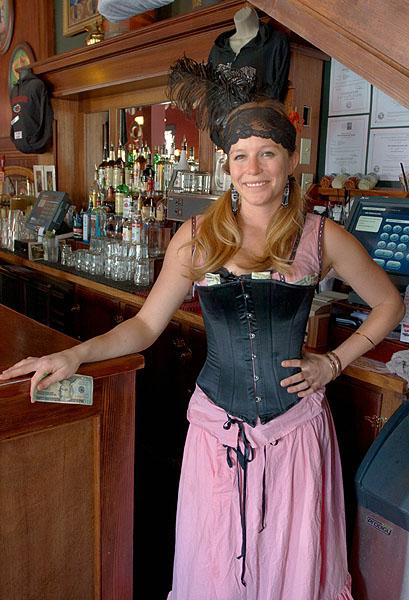 Šenkýřka ze saloonu