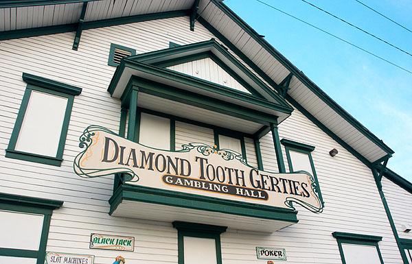 Casino Diamond Tooth Gerties