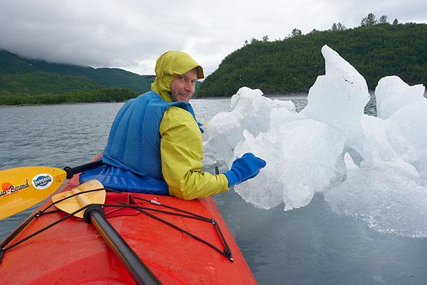 Kajakář a ledová kra