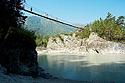 Lanová lávka přes řeku
